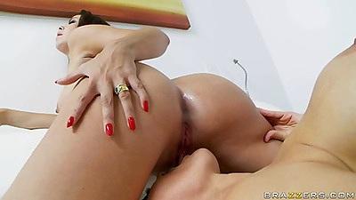 Pussy eating milf lesbian