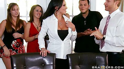 Hot ass milfgets eaten out on the table