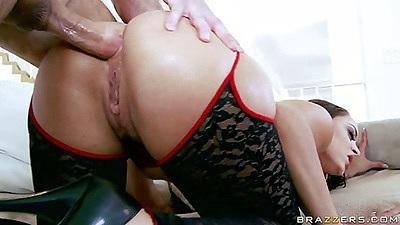 Liza Del Sierra hardcore anal fucking sideways