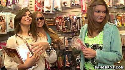 Shopping around with a lesbian crew of Izzy Bella Blu and Melina Mason
