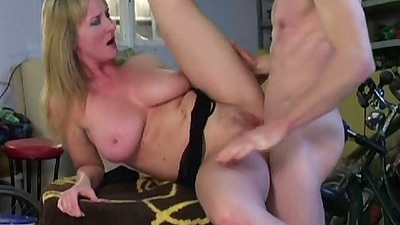 Mature bitch Monika gets fucked anal with a close up and ass to mouth suck