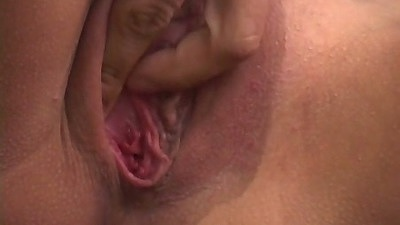 Close up of shaved pussy Lilian sky and sucking threesome outside