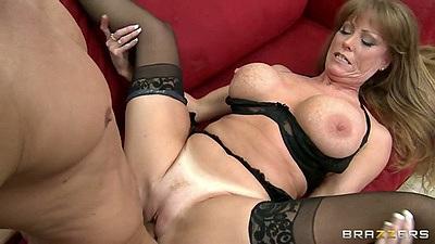 Milf slut Darla Krane spreads legs and gives titty fuck
