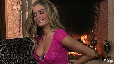 Spicy hot babe Prinzzess Felicity Jade solo undressing and masturbating pussy