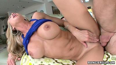 Big tits mom milf Brandi Love sideways hardcore fucked n cowgir