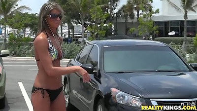 Bikini milf picked up in the parking lot outdoors