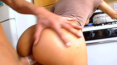 Doggy style standing fuck for Diana Prince and Ricki White on the stove