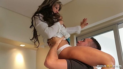 Milf latina Esperanza Gomez  gets licked and fingered as a wife