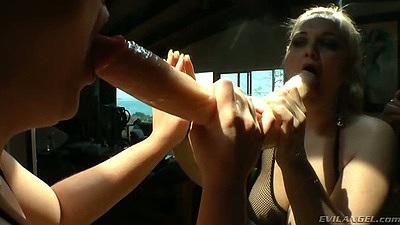 Sucking large dildo with big ass Mazzaratie Monica