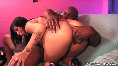 Teen Taisa Banx black cock blowjbo and reverse cowgirl humping