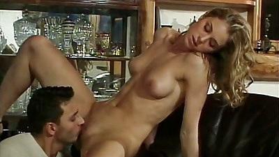 Pussy licking perfect body girl Linda