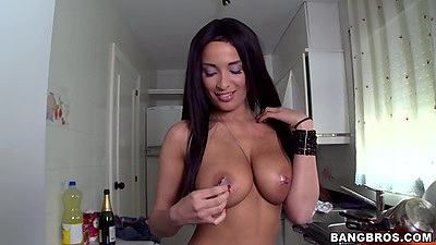 Big tits brunette babe preparing to get her latina cunt fingered Anissa Kate