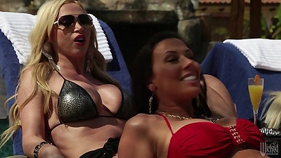 Milf babes Nikki Benz are cougars looking for dick