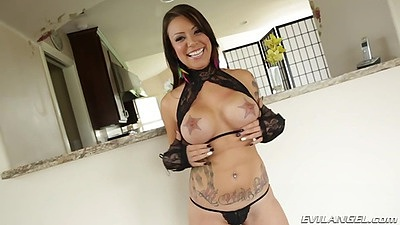 Big tits girl posing her ass in black lingerie with inked body Tori Avano