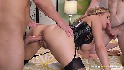 Julia Ann doggy style thrusted in threesome action